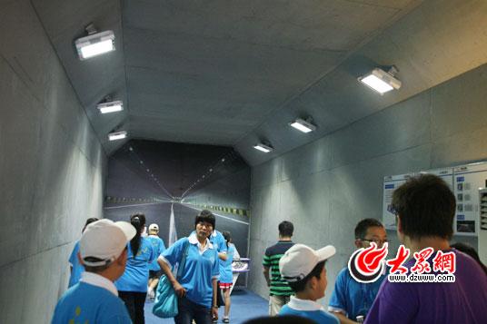 led灯具隧道体验高清图片