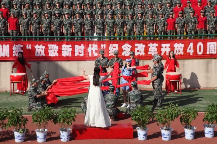 热爱人民,热爱中国共产党的美好心声,更唱出了青年学生对中国梦美好