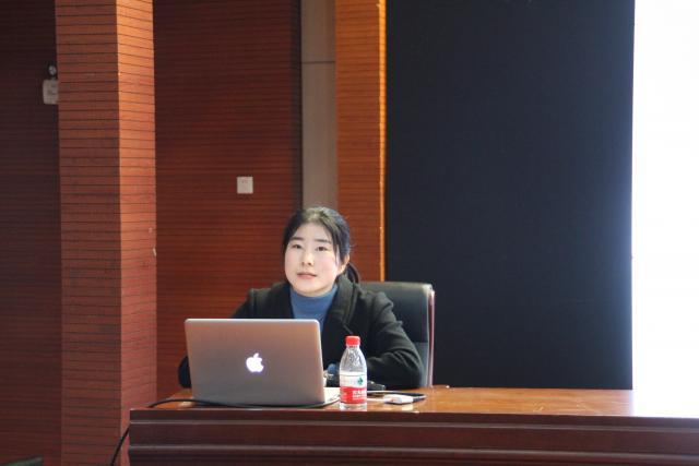 """山东体育学院的""""小米姑娘""""韩梦"""