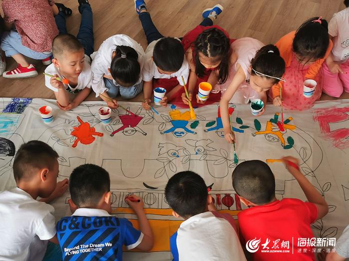 童心向党!济南市历下区第一实验幼儿园开展主题绘画活动
