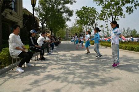 胶州市第六小学跳绳比赛00.jpg